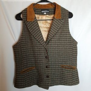 Tweed wool vest w/ leather trim size L